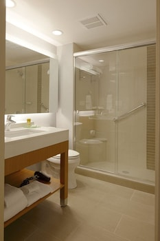 Hyatt Place Boca Raton/Downtown - Bathroom  - #0