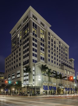 Hyatt Place Boca Raton Downtown