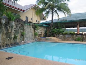 VILLA ALZHUN TOURIST INN AND RESTAURANT Outdoor Pool