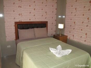 B n T 旅館