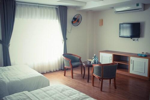 Hoang Gia Hotel, Hai Bà Trưng