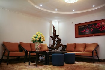 Hoang Gia Hotel - Lobby Sitting Area  - #0