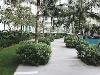 Holi 1Medini Suites - Property Grounds  - #0