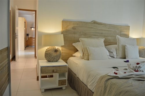 Cap Malheureux Luxury Apartments,