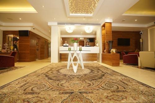 . AZ Hôtels Kouba