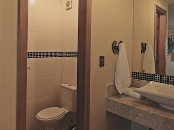 Porto Charitas Sailing Guest House - Bathroom Amenities  - #0