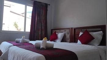 Golden Premier Inn - Featured Image  - #0