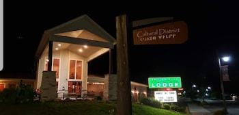 Hotel - Rolling Hills Lodge