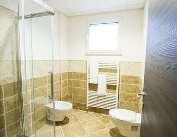 Arezzo Sport College - Bathroom  - #0