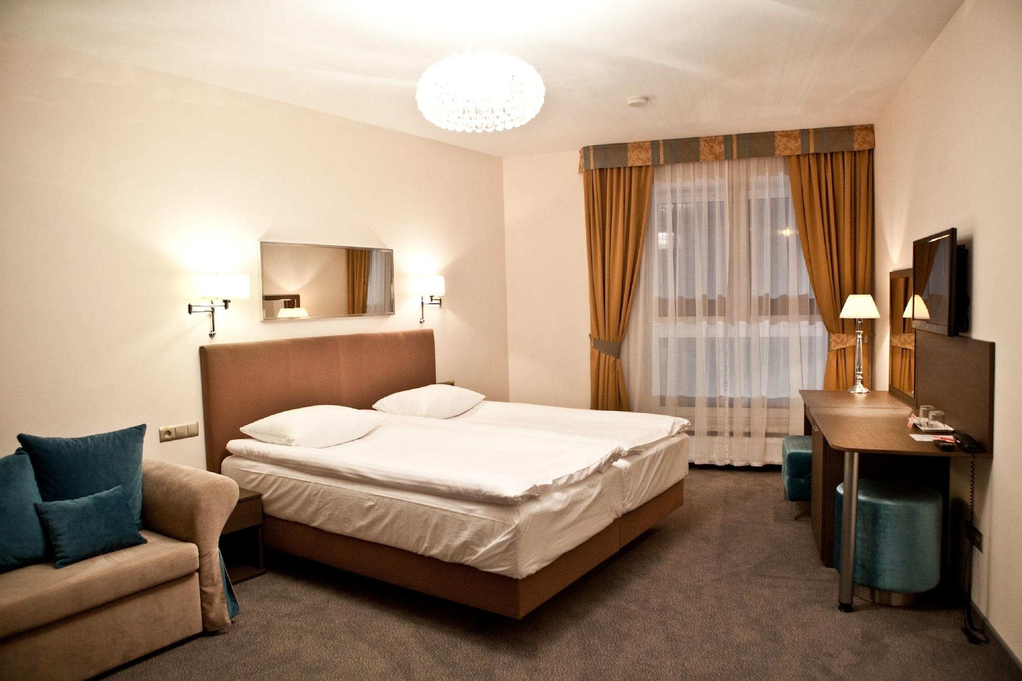 Hotel Sokołowska, Nowy Dwór Mazowiecki