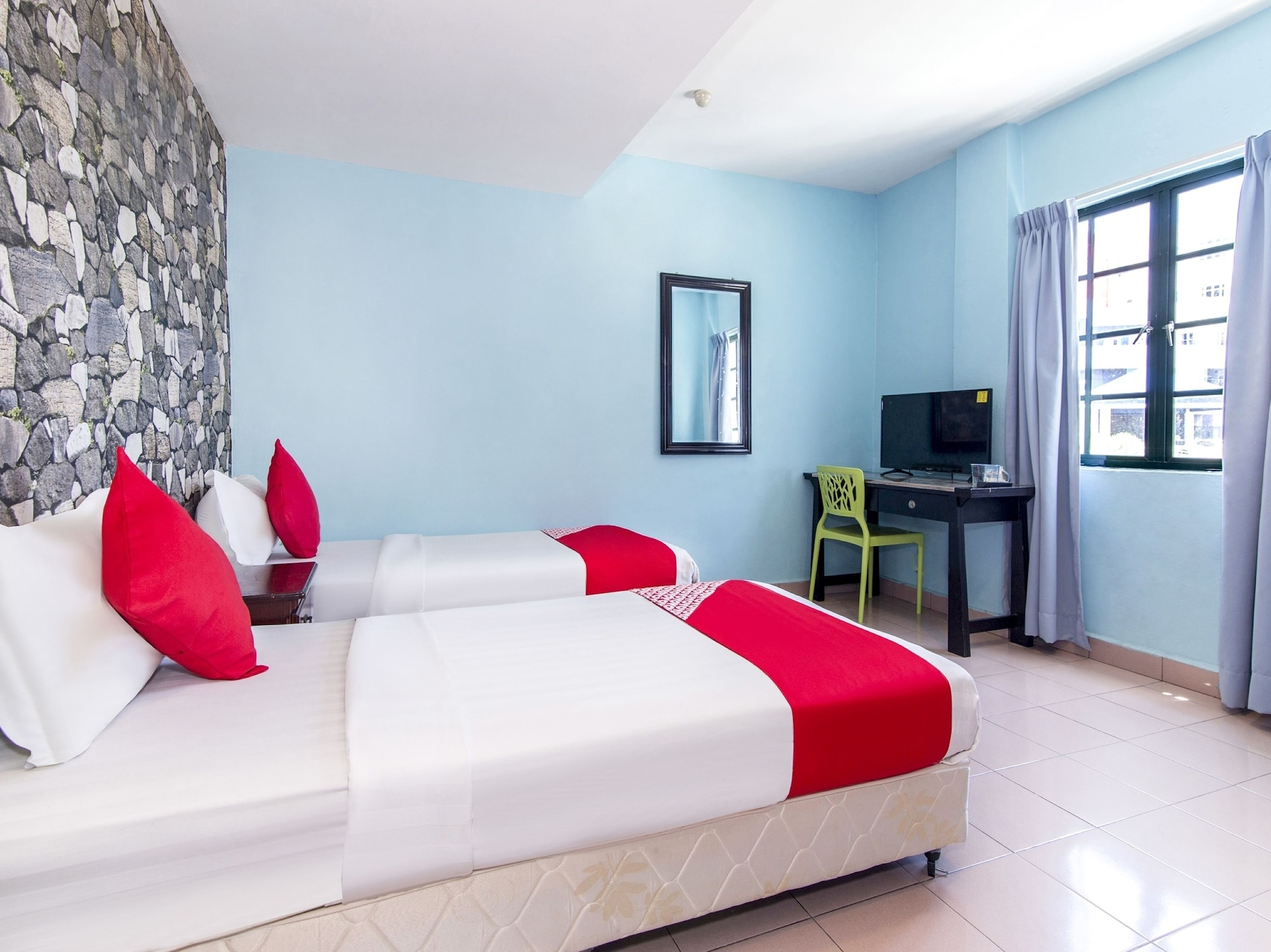 OYO 252 Lotus Hotel, Seremban