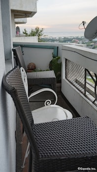Fil Star Airport Guest House - Terrace/Patio  - #0