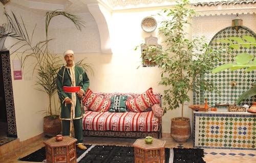 Dar Mounadim, Fès