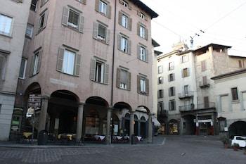 藍月老城飯店