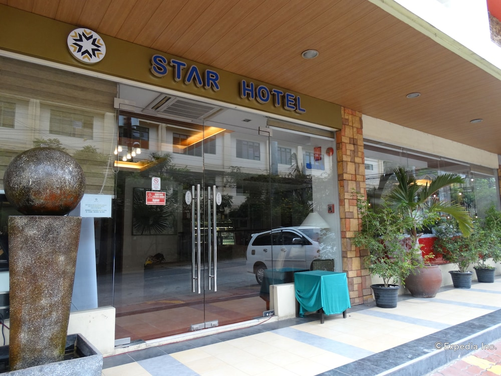 スター ホテル