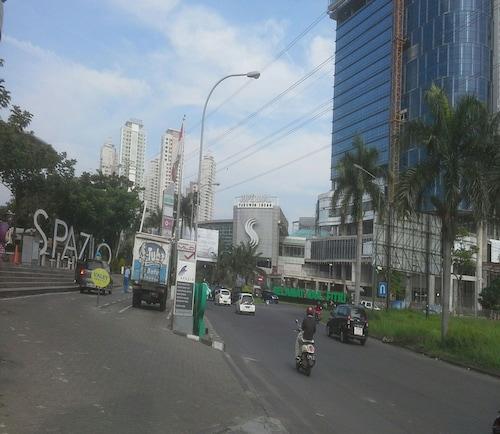 Apartment Puncak Permai, Surabaya