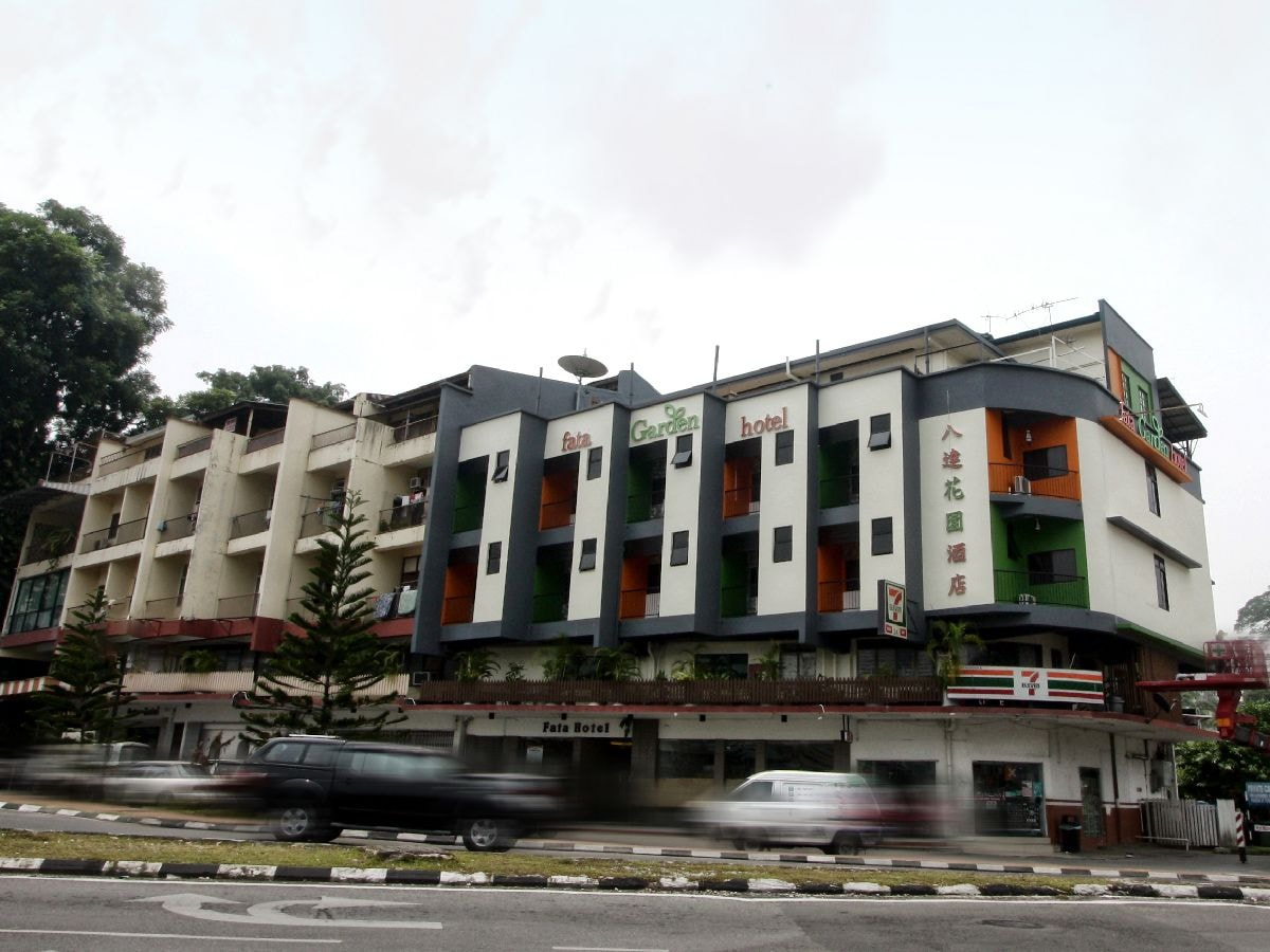 Fata Garden Hotel by Place2stay, Kuching