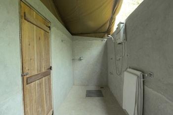 Wilpattu Safari Camp - Campground - Bathroom Shower  - #0