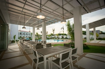 GABI RESORT & SPA Outdoor Dining