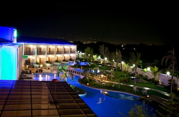 GABI RESORT & SPA Hotel Front - Evening/Night