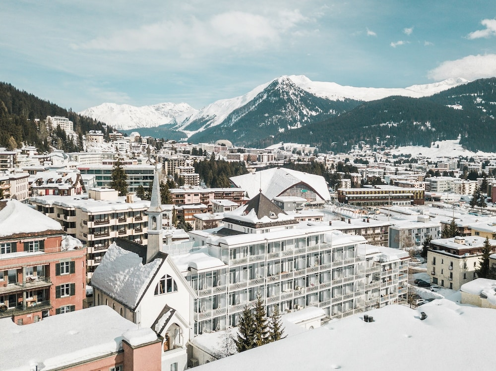 Hard Rock Hotel Davos, Featured Image