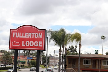 Hotel - Fullerton Lodge