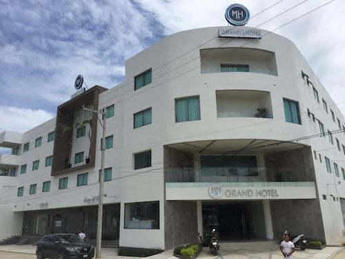MH Grand Hotel, Igualapa