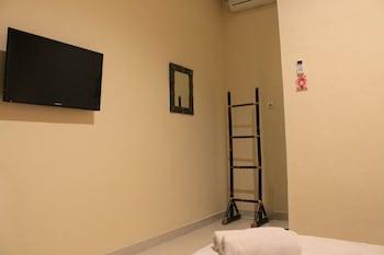 Chillin Kuta Homestay - Guestroom  - #0