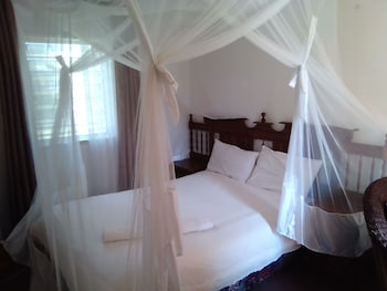 Kuku Royal Lodge - Guestroom  - #0