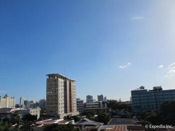 Metro Park Hotel Cebu View from Property