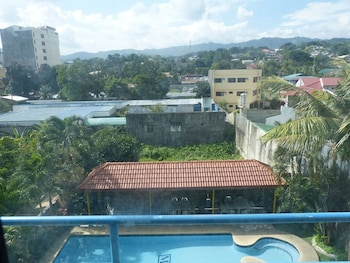 Metro Park Hotel Cebu View from Property