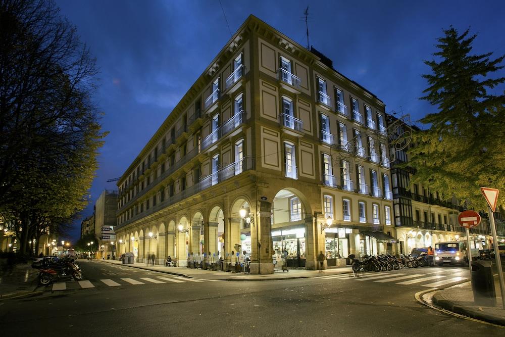 HotelLegazpi Doce Rooms
