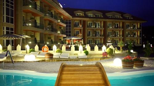 __{offers.Best_flights}__ Augusta Eco Wellness Resort