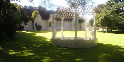 Victorian Guest House, West Rand