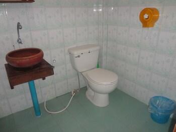 Orange Grove Resort - Bathroom  - #0