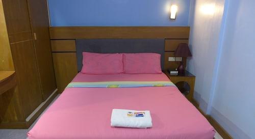 Rozen Suites Malakas, General Santos City