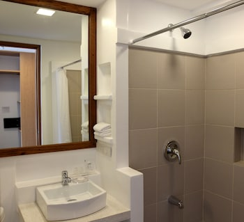 BRBlock Boutique and Residences - Bathroom  - #0