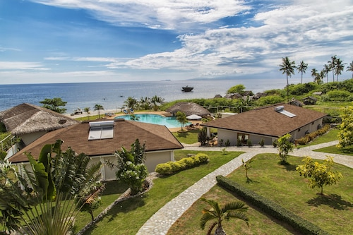 Salamangka Beach and Dive Resort, San Juan