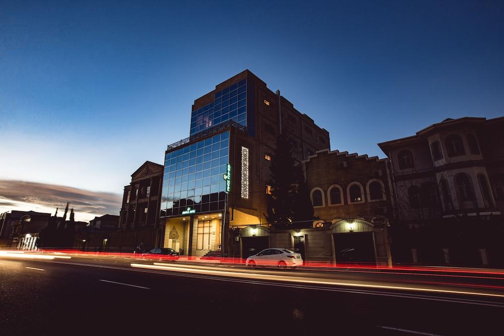 Отель Admiral, Баку, Азербайджан
