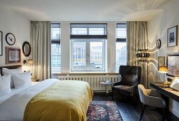 尼可萊先生飯店 Sir Nikolai Hotel