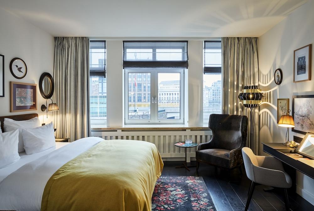 Hotel Sir Nikolai Hotel