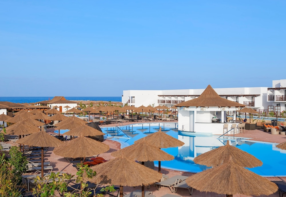 Hotel Melia Llana Resort & Spa