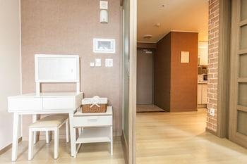 Ricenz Condominium Tower Seoul - Living Room  - #0