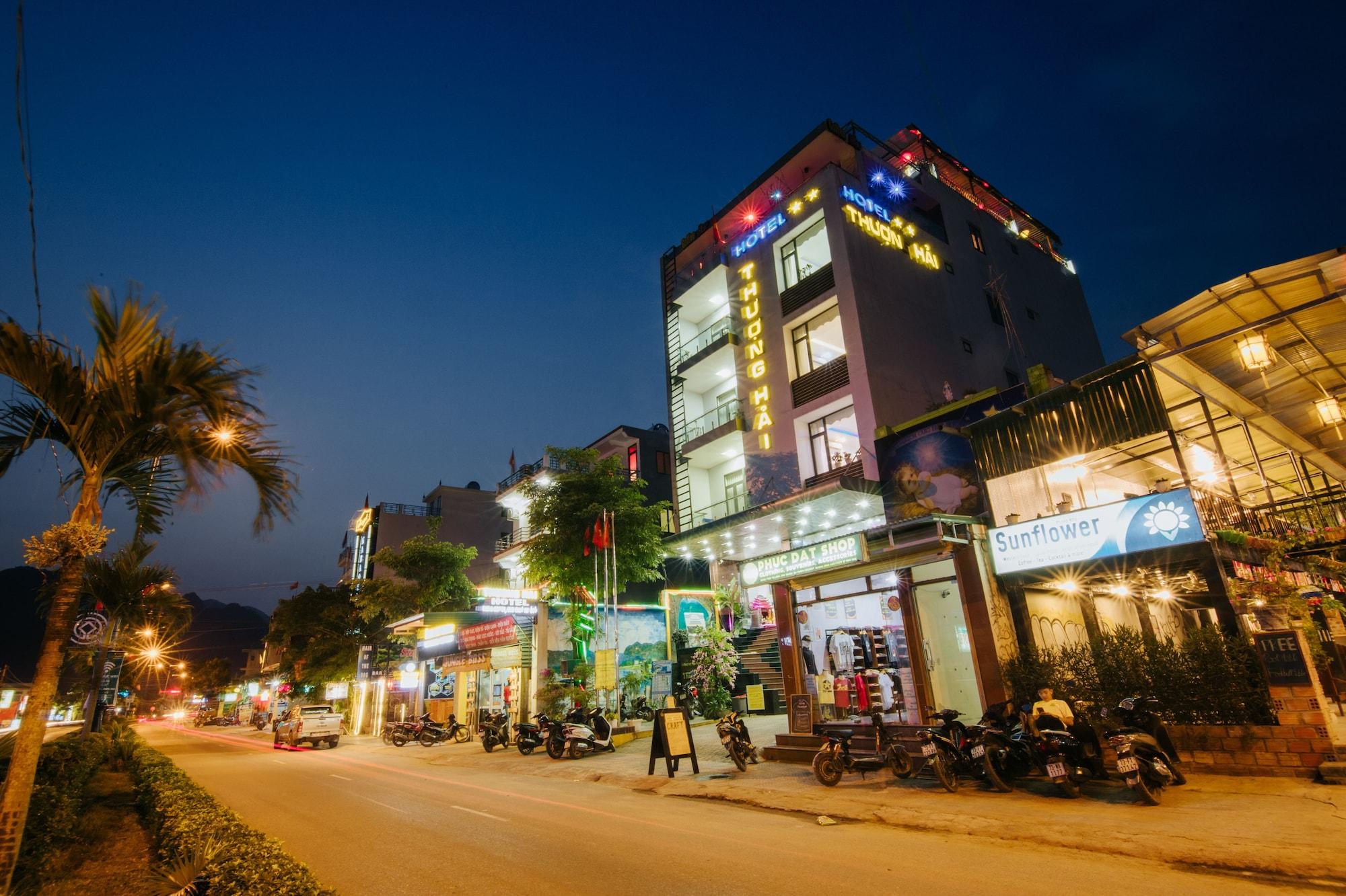 Thuong Hai Hotel, Bố Trạch