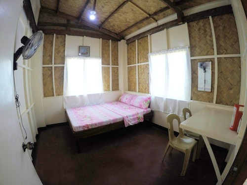 RB Transient House, Coron