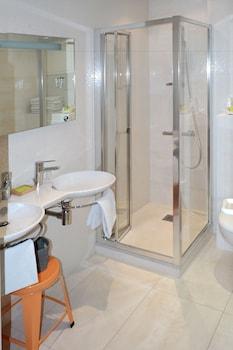 Hôtel au Marais - Bathroom  - #0