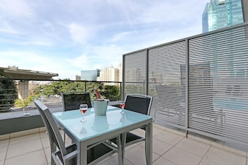 Harbouredge Suites by Totalstay - Balcony  - #0