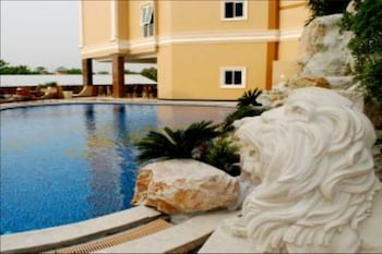 LK Grand Living Place - Outdoor Pool  - #0