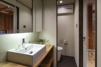 GION MINAMI BANKA Bathroom Sink