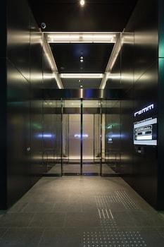 REMM ROPPONGI Property Entrance